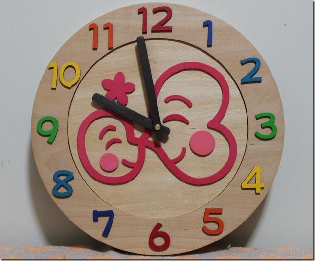 大きなロゴの卒園記念時計