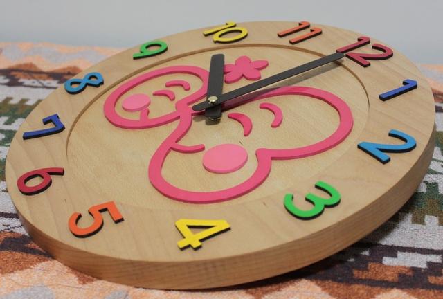 大きなロゴの卒園記念時計2
