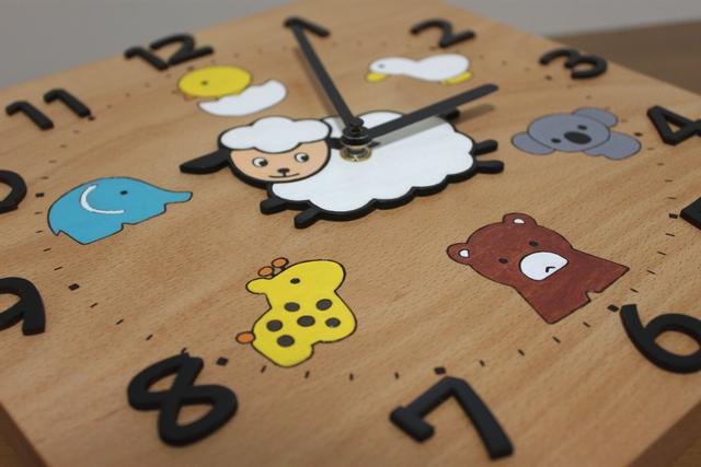 小羊と動物たちの卒園記念の時計2