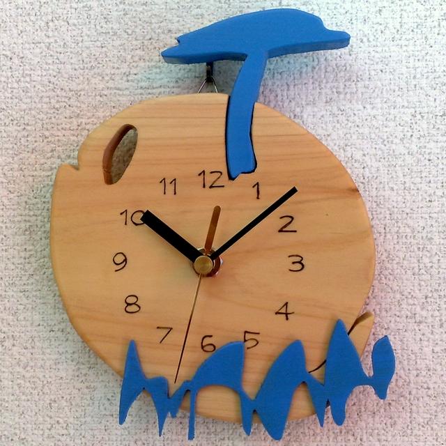 くじらイラスト時計