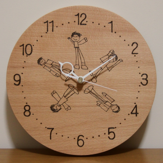 ラジオ体操が描かれた時計