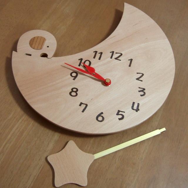 お月様の振り子時計